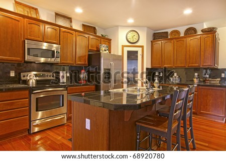 Cherrywood Kitchen Cabinets
