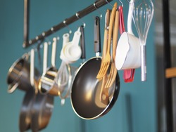 Kitchenware hang on steel bar