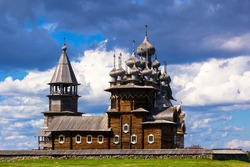 Kizhi churchyard - an architectural ensemble consisting of two churches and a bell tower of the 18th-19th centuries, surrounded by a single fence