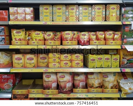 Klang , Malaysia - 17 November 2017 : Variety of Lipton packed tea yellow label in the supermarket shelf.Mobile photoghpy. #757416451