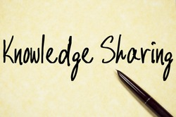 knowledge sharing text write on paper