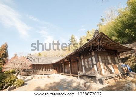 korea traditional building #1038872002