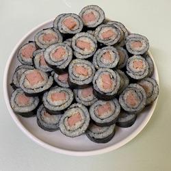 korean lunch food, spam mini kimbab