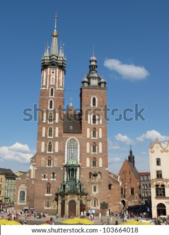 Krakow, Kosciol Mariacki (church of St. Mary) with its two different belfries