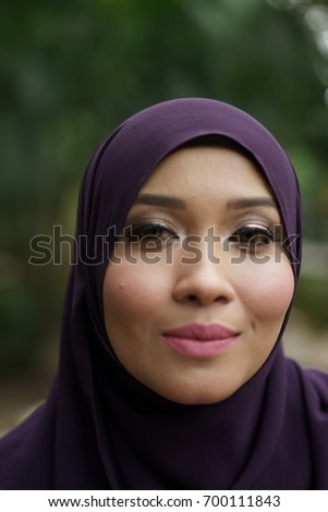 Beautiful muslim women face pictures
