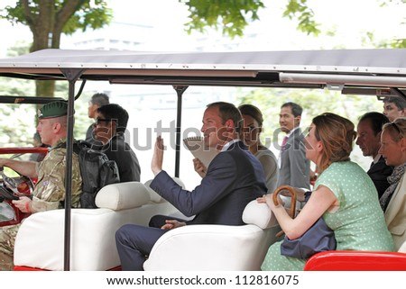 KUALA LUMPUR - SEPTEMBER 14: The Duke and Duchess of Cambridge attend a cultural event in KLCC Park on September 14, 2012 in Kuala Lumpur, Malaysia. The Royal couple is on the Diamond Jubilee tour.
