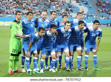 KYIV, UKRAINE - JUNE 1: Uzbekistan national football team pose for a group photo before Friendly game against Ukraine on June 1, 2011 in Kyiv, Ukraine