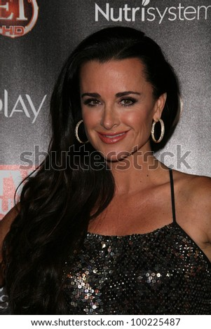 """Kyle Richards at TV Guide Magazine's """"2010 Hot List,"""" Drai's, Hollywood, CA. 11-08-10"""