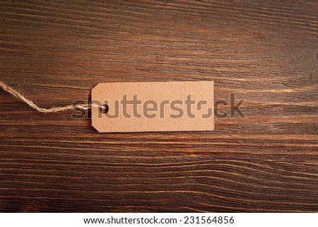 label note on old wood background with copy space