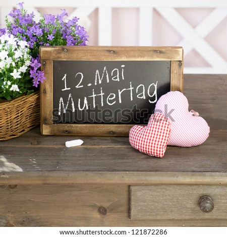 Label with german text: May 12, mother's day