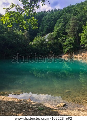 Lacul Albastru (The Blue Lake) Baia Sprie, Maramures - Romania Imagine de stoc ©
