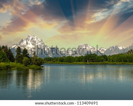 Lake and Mountains of United States - Wyoming