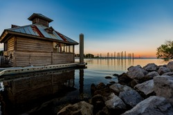 Lake Cabin House Oceanfront sunset sunrise vacation getaway on the bay, beach or lake cottage