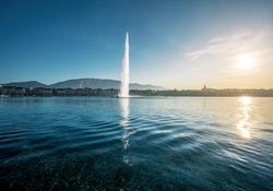 Lake Geneva and Jet D'eau Water Fountain - Geneva, Switzerland