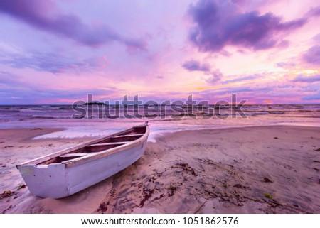 lake malawi sunset in kande...