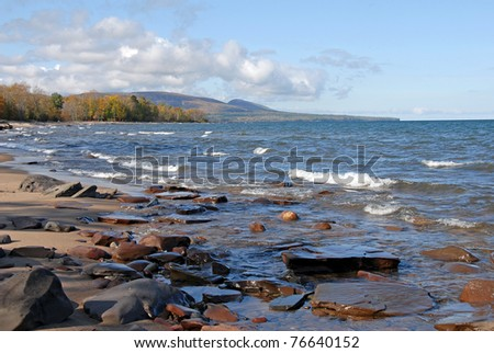 lake superior shore looking towards porcupine wilderness state park