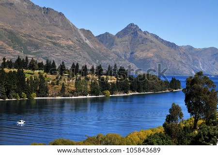 Lake Wakatipu is a long thin Z-shaped lake formed by glacial processes, and has spectacular views of nearby mountains.