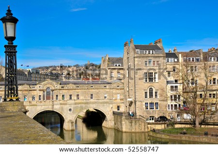 landscape of city of bath spa with pultney bridge and its