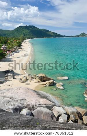 landscape of ko samui beach with polarize lens filter