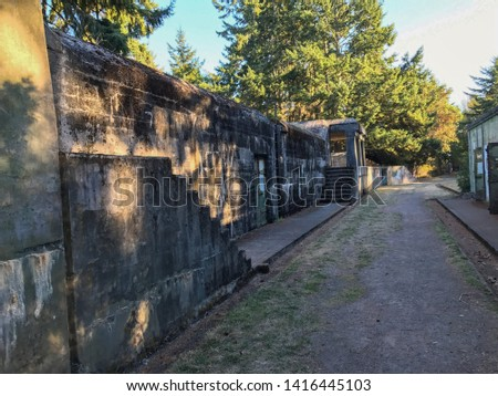 Landscape of lane between two old military buildings at Fort Worden State Park Stockfoto ©