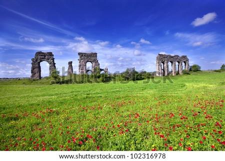 Landscape over the ancient Rome/Ancient Rome/An Italian landscape over the old Rome aqueduct