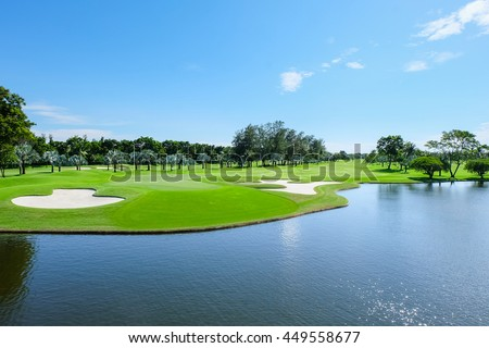 Landscape Wide green lawns, golf courses.
