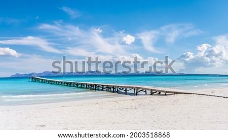 Landscape with boardwalk at the coastline of Platja de Muro in Alcudia bay, Majorca Island, Spain Foto d'archivio ©