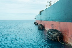 Large buoy fender, absorb between ship and sea port