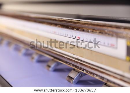 Large format outdoor ink jet printer