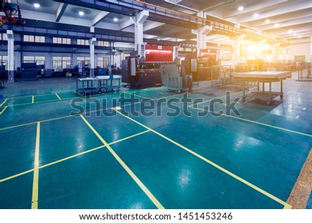 Large machines in large manufacturing plants #1451453246