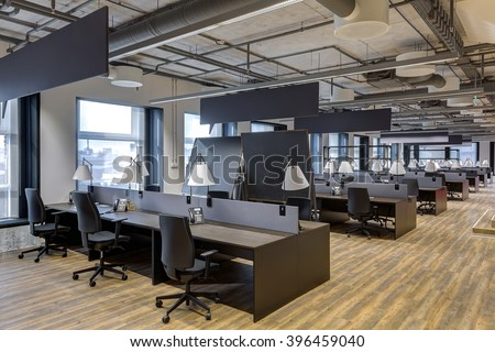 Large modern office with open space to work #396459040