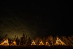 Large tipy tent camping(Large tipy tent camping)