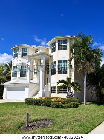 Large tropical beach house in florida stock photo 40028224 for Large beach house