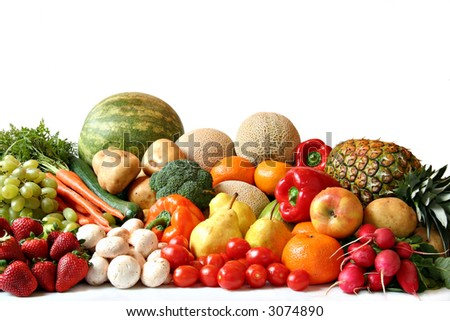 Large variety of fresh fruit and vegetables, water drops visible at 100%