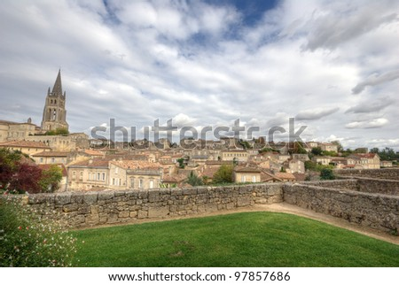 Large view on Saint Emilion. Saint-Emilion is one of the principal red wine areas of Bordeaux, the wines of Saint-Emilion are respected all over the planet