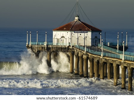 Large Wave Crashing into Manhattan Beach Pier