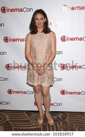 LAS VEGAS - APR 25:  JENNIFER GARNER arrives for the Cinema Con 2012-Disney Luncheon  on April 25, 2012 in Las Vegas, NV