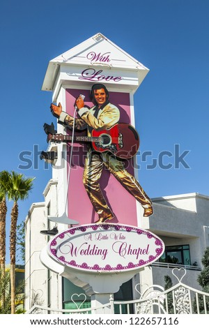LAS VEGAS - JUNE 15: Little White Wedding Chapel o, june 15, 2012 in Las Vegas, USA. They offer a 24 hour service  and quick marriage is done in about 30 minutes.