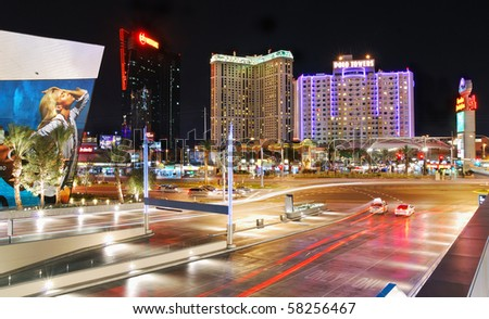 LAS VEGAS - MAR 4: Vegas Strip, 3.8 mile stretch featured with world class hotels and casino, at night on March 4, 2010 in Las Vegas, Nevada.
