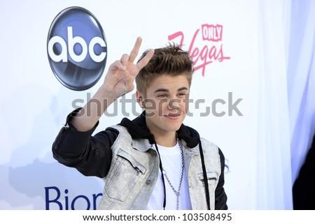 LAS VEGAS - MAY 20: Justin Bieber at the 2012 Billboard Music Awards held at the MGM Grand Garden Arena on May 20, 2012 in Las Vegas, Nevada