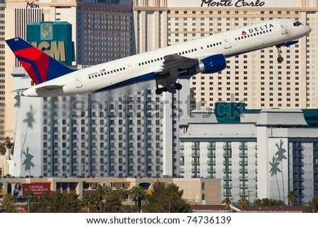 LAS VEGAS - NOVEMBER 12: Boeing 767 Delta Air Lines taking of from McCarran Airport located in Las Vegas, USA on November 12, 2010 767 is the most popular long range plane used by commercial airlines