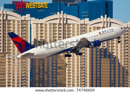 LAS VEGAS - NOVEMBER 12: Boeing 767 Delta Air Lines taking of from McCarran Airport located in Las Vegas, USA on November 12, 2010. 767 is the most popular long range plane used by commercial airlines