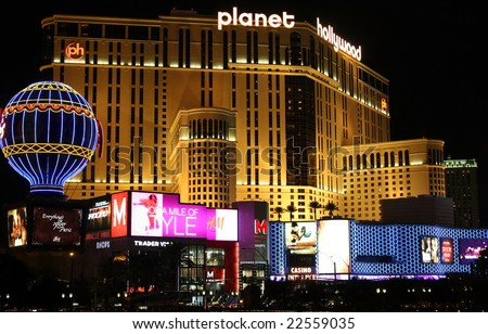 LAS VEGAS - OCT 31: Taken in Las Vegas, Nevada October 31, 2008 on the strip at night. The Planet Hollywood hotel and a shopping area.