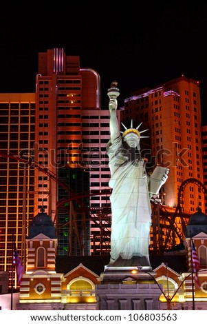 LAS VEGAS - OCTOBER 29: Statue of Liberty Replica at the New York New York Hotel and Casino on October 29, 2011 in Las Vegas.  The architecture is made to resemble like the skyline of New York City.
