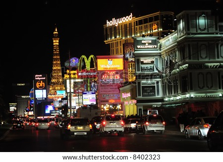 Las Vegas street scene at night