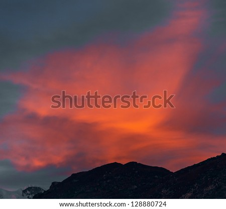 Last rays of the sun in the clouds - Gokyo region, Nepal, Himalayas