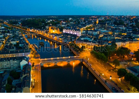 Laval city and Mayenne river in the evening. View from above. France Photo stock ©