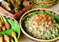 Lawar or tradisional balinese veggies cooked with spicy shredded young coconut
