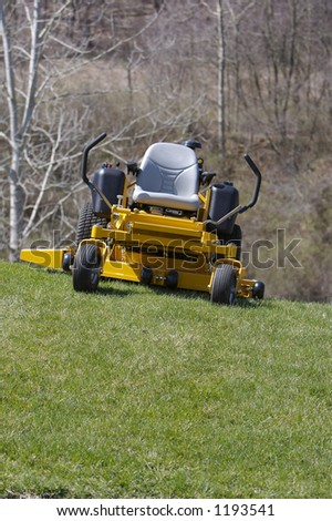 Zero-Turn Rider Mower - Gravely Lawn Mowers WiseSales.com