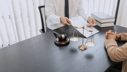Lawyer and client negotiation in legal judgement consulting.